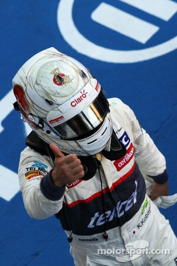 Kamui Kobayashi, Sauber celebrates his third position in parc ferme