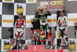 Podium: race winner Tom Sykes, second place Jonathan Rea, third place Sylvain Guintoli