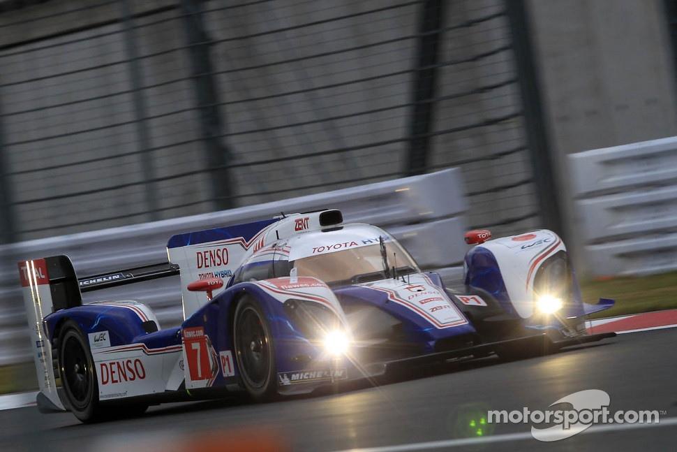 http://cdn-6.motorsport.com/static/img/mgl/1400000/1470000/1473000/1473700/1473766/s1_1.jpg
