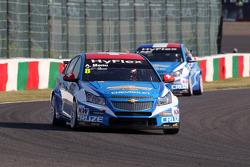 Alain Menu, Chevrolet Cruze 1.6T, Chevrolet and Yvan Muller, Chevrolet Cruze 1.6T, Chevrolet