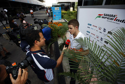 Paul di Resta, Sahara Force India F1 with Ted Kravitz, Sky Sports Pitlane Reporter