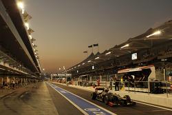 Kimi Raikkonen, Lotus F1 leaves the pits