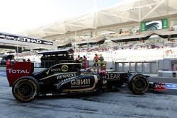 Romain Grosjean, Lotus F1 leaves the pits