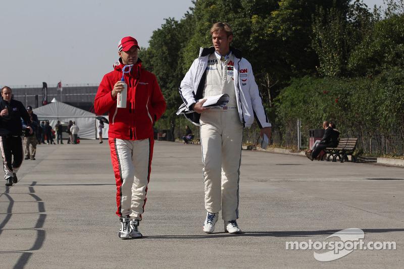 Tiago Monteiro, Honda Civic Super 2000 TC, Honda Racing Team Jas and Tom Chilton, Ford Focus S2000 TC, Team Aon