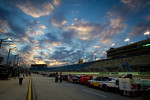 cars-lined-up-for-qualifying-under-a-spectacular-sky