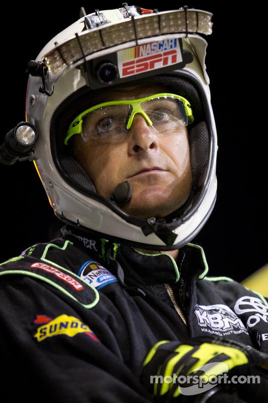 Crew member for Kyle Busch, Kyle Busch Motorsports Toyota