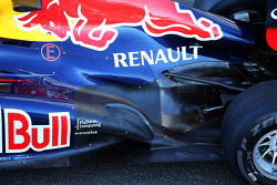 Red Bull Racing RB8 exhaust ans rear suspension detail