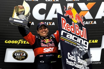 Caca Bueno - 2012 SEASON CHAMPION