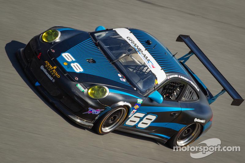 #68 TRG Porsche GT3: Brad Lewis, Jim Michaelian, Ronald Vandelaar
