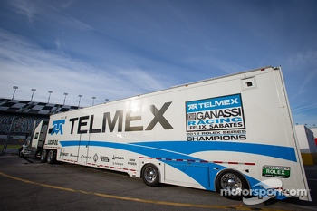 Chip Ganassi Racing with Felix Sabates transporter