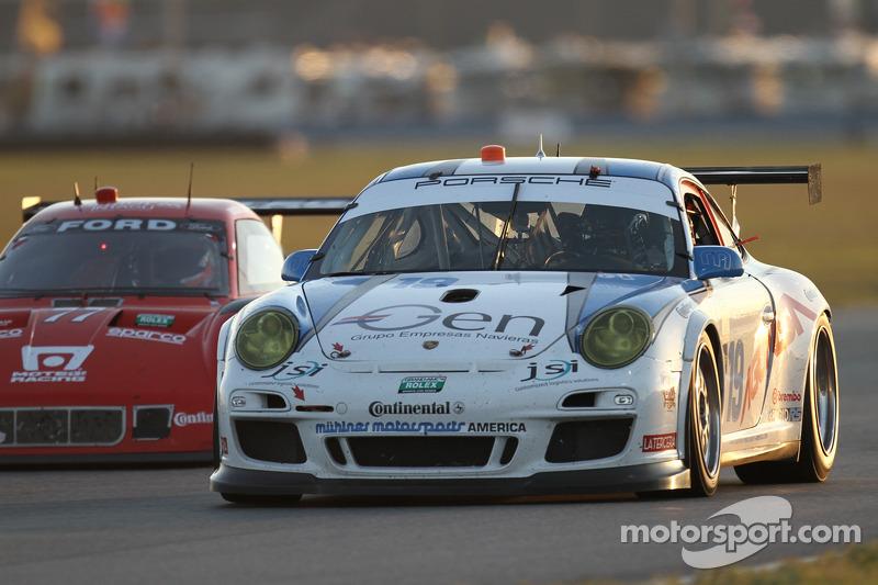 #19 Muehlner Motorsports America Porsche GT3