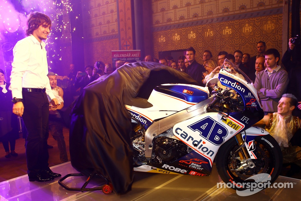 Karel Abraham unveils the 2013 Cardion AB Aprilia ART