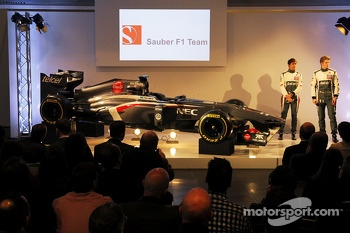 Esteban Gutierrez, Sauber and Nico Hulkenberg, Sauber with the new Sauber C32