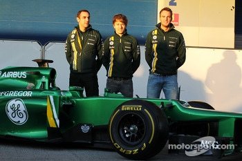Cyril Abiteboul, Caterham F1 Team Principal with Charles Pic, Caterham and Giedo van der Garde, Caterham F1 Team