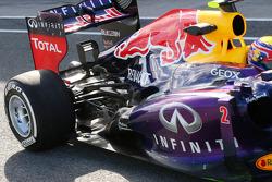 Mark Webber, Red Bull Racing RB9 rear suspension