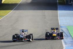 Nico Hulkenberg, Sauber C32 and Mark Webber, Red Bull Racing RB9