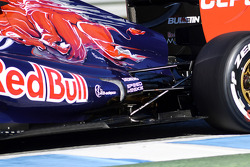Scuderia Toro Rosso STR8 exhaust and rear suspension