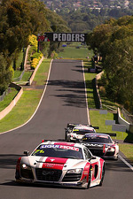 #71 Audi R8 LMS: Dean Koutsoumidis, Andrew McInnes, Simon Middleton, Darryl O'Young