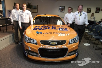 Chip Ganassi, Charlie Kimball and Jamie McMurray unveil the RacewithInsulin.com paint scheme