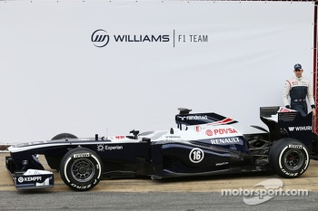 Pastor Maldonado, Williams F1 unveils the FW35
