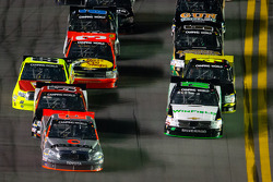 Todd Bodine pushed by Kyle Busch