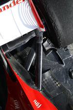 Ferrari F138 rear suspension