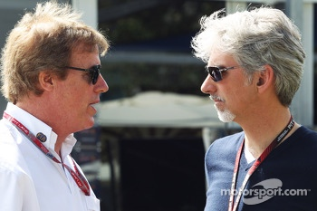 Danny Sullivan, FIA Steward with Damon Hill, Sky Sports Presenter