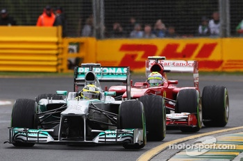 Nico Rosberg, Mercedes AMG F1 W04 leads Felipe Massa, Ferrari F138