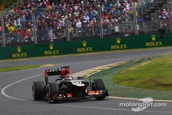 Race winner Kimi Raikkonen, Lotus F1 E21