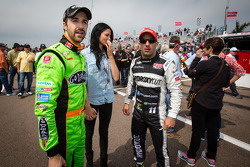 James Hinchcliffe, Andretti Autosport Chevrolet with his girlfriend Kirsten Dee and Tony Kanaan, KV Racing Technology Chevrolet