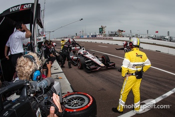 Will Power, Team Penske Chevrolet in the pits