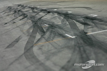 Tire marks on the grid