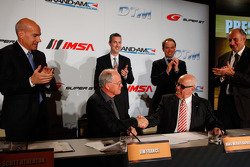 Jim France, Executive Vice President/Secretary, NASCAR and Hans Werner Aufrecht, ITR Board Member