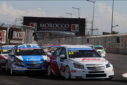 Tom Chilton, Chevrolet Cruze 1.6 T, RML and Alex MacDowall, Chevrolet Cruze 1.6T, bamboo-engineering
