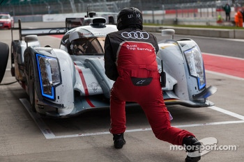 #2 Audi being sent back out