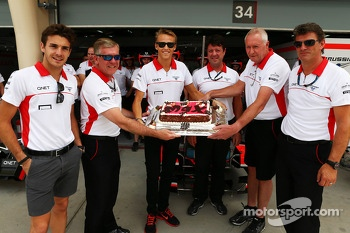 Max Chilton, Marussia F1 Team celebrates his 22nd birthday with the team