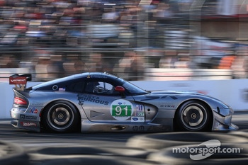 #91 SRT Motorsports SRT Viper GTS-R: Marc Goossens, Dominik Farnbacher