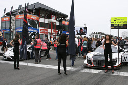 The pre-race grid