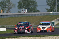 Marc Basseng, SEAT Leon WTCC, ALL-INKL.COM Münnich Motorsport and Fernando Monje, SEAT Leon WTCC, Campo Racing