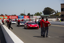 Cars line up on the grid for Race #2