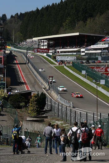 Along the old « Endurance pitlane »