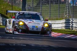 #12 Wochenspiegel Team Manthey Porsche 911 GT3 RSR (SP7): Georg Weiss, Oliver Kainz, Michael Jacobs, Jochen Krumbach