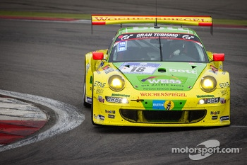 #18 Manthey-Racing Porsche 911 GT3 RSR (SP7): Marc Lieb, Romain Dumas, Lucas Luhr, Timo Bernhard