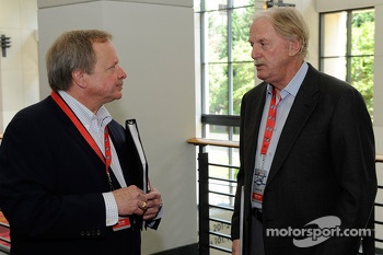 Edsel Ford II talks with Robert Yates