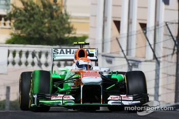 Adrian Sutil, Sahara Force India VJM06 running flow-vis paint