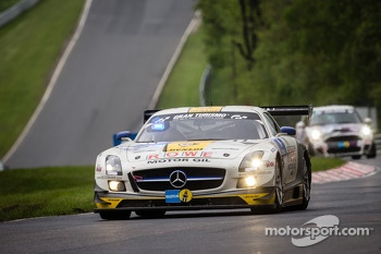 #22 Rowe Racing Mercedes-Benz SLS AMG GT3 (SP9): Klaus Graf, Thomas Jäger, Jan Seyffarth, Nico Bastian