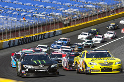 Start: Kyle Busch and Brian Vickers lead
