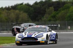 #99 Beechdean AMR Aston Martin Vantage GT3: Andrew Howard, Daniel Mckenzie, Jonny Adam