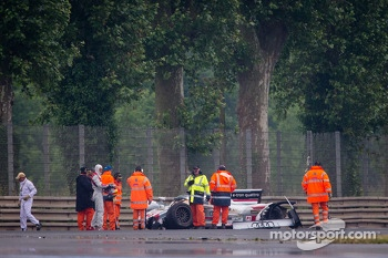 Loic Duval out of the #2 Audi Sport Team Joest Audi R18 e-tron quattro after crashing heavily at Tertre Rouge,