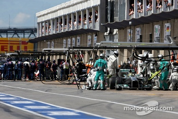 Nico Rosberg, Mercedes GP during pitstop
